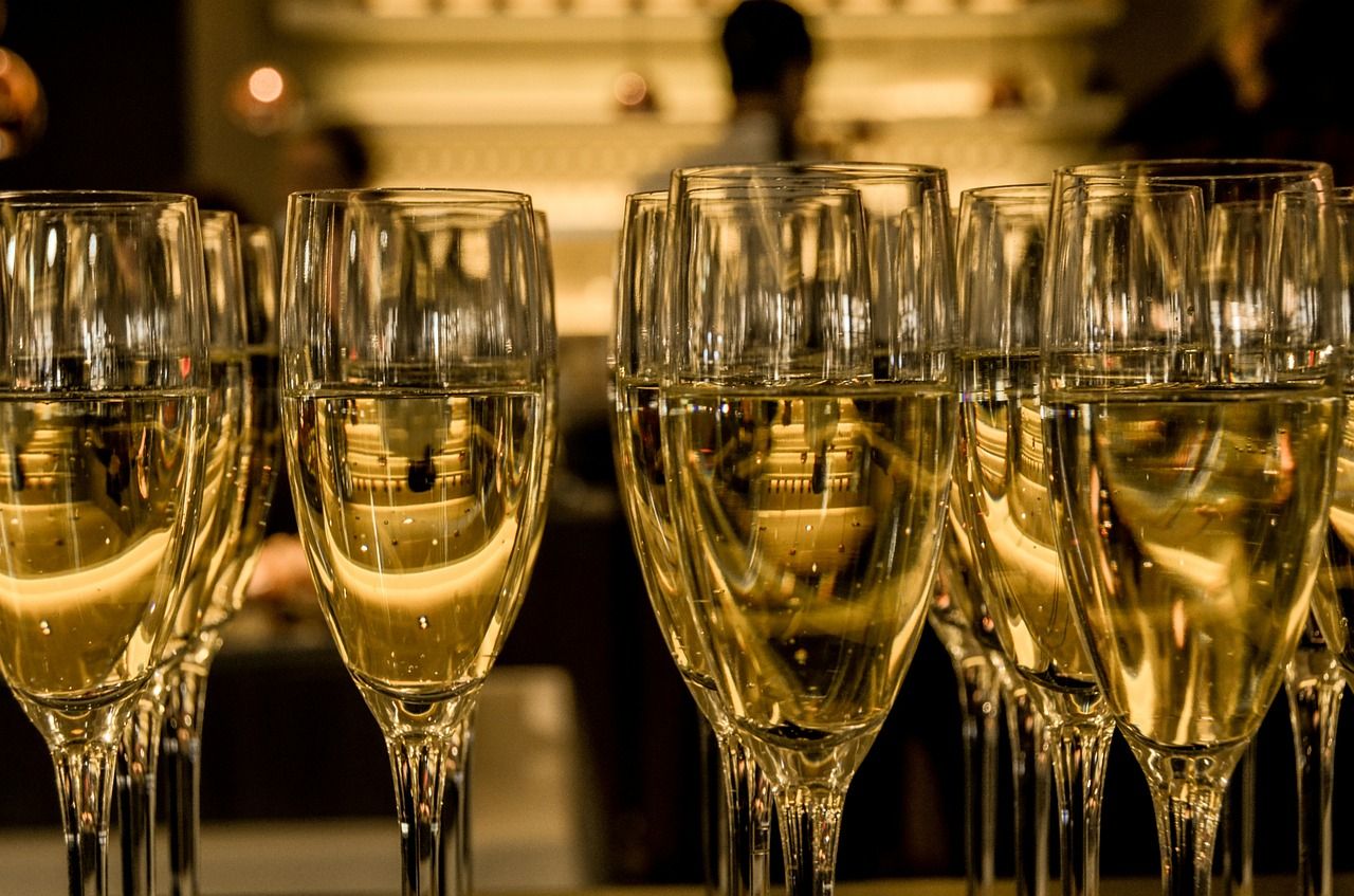 champaign in glasses in a luxurious setting